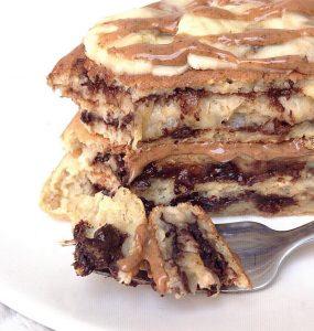 Recette de Pancakes healthy fourrés choco-banane
