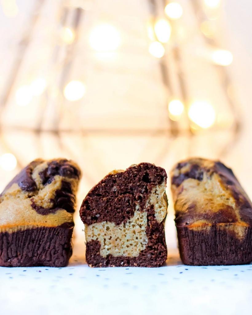 Cake marbré à la banane et au chocolat