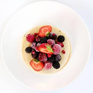 Pancakes healthy aux fruits rouges