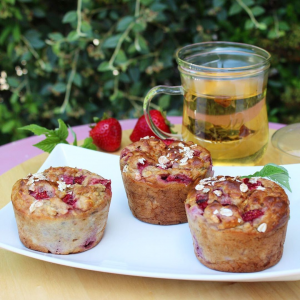 Muffins à la banane et fraise