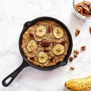 Porridge au four à la banane