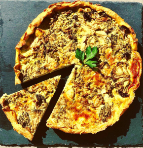 QUICHE POULET CURRY ET BROCOLIS